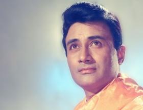 Bollywood yıldızı Anand vefat etti