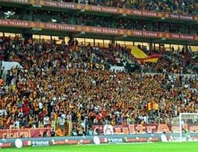 Galatasaray ve Chelsea, Türk Telekom Arenaya geldi
