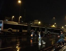 Avcılarda metrobüs kazası