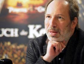 Oscarlı besteciden insan hakları marşı