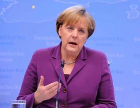 Merkel: Türkiye politikam değişmeyecek