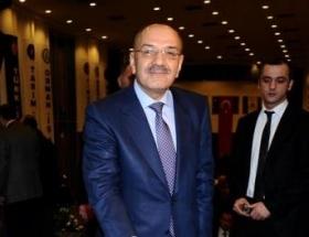 Türk-İş yeniden Mustafa Kumlu dedi