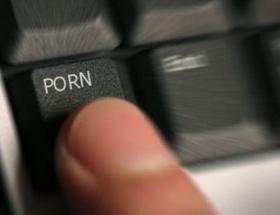 Dev şirketlerin porno derdi