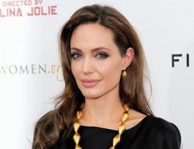 Angelina Jolie Saraybosnada