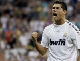Ronaldodan 14 dakikada hat-trick