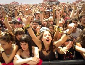 Konserde, festivalde içki artık yasak !