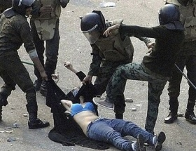 Göstericileri öldüren polisler serbest