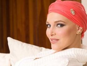 Venezuela güzeli kansere yenildi