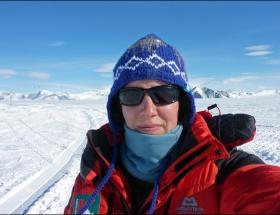 Antarktikayı tek başına geçti