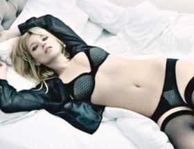 Kate Mosstan yeni yıl pozları