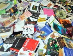 300 bin korsan kitap ele geçirildi