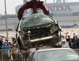 Honda 1055 aracı imha etti