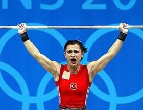 Nurcan Taylan dopingli çıktı