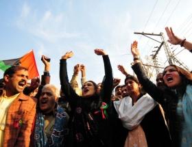 Pakistanda protesto yürüyüşü