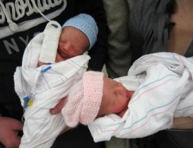İkizlerden biri beklemeyi seçti