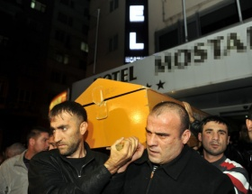 Azer Bülbülün cenazesi İstanbulda