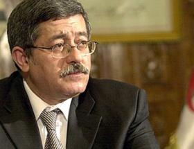 Cezayir Başbakanına tepki yağıyor
