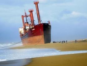 Arnavutlukta tanker battı