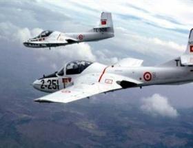 İzmirde askeri uçak düştü !
