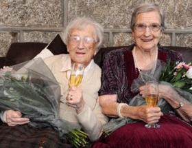Dünyanın en yaşlı ikizleri