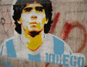 Maradona 5ledi!