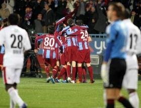 Trabzonspor-PSV maçı hangi kanalda ?
