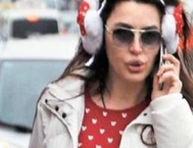Pijamayla sokaklarda gezdi