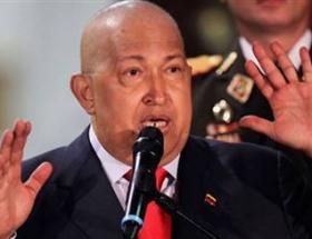 Chavez ameliyat için Kübada