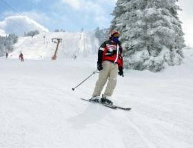 Kartepede kar kalınlığı 130 santimetreye ulaştı