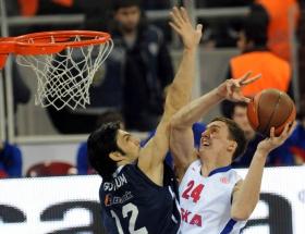 Anadolu Efes prestij maçını kaybetti