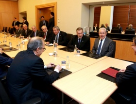 Davutoğlu, Suriye Ulusal Konseyi heyetini kabul etti