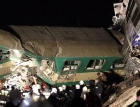 Polonyada iki tren çarpıştı