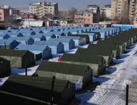 Vanda çadırlar toplandı