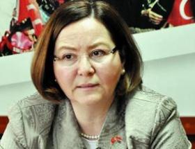 Ruhsar Demirelden Başbakana eleştiri