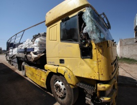 Suriyede yaralanan tır şoförü öldü