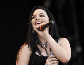 Gunsn Roses ve Evanescence geliyor