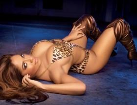 Playboy güzeli İstanbulu sarstı
