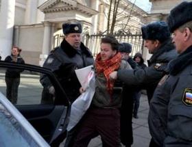 Rusyada eşcinsel propagandaya gözaltı