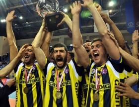 Fenerbahçe Grundig yarı finalde