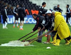 Beşiktaş - Galatasaray maçı ertelendi