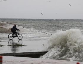 Kuzey Egede kuvvetli fırtına uyarısı