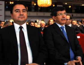 En etkili 100de 2 Türk