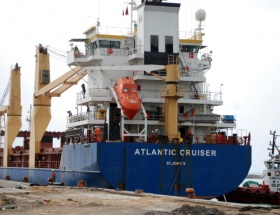 Gizemli gemi karış karış aranıyor