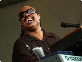 Stevie Wonder bu Cuma İstanbulda