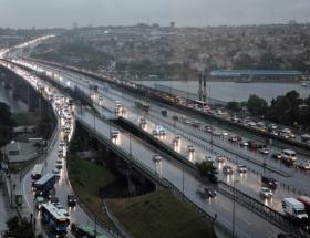 İstanbulda trafik tamamen durdu