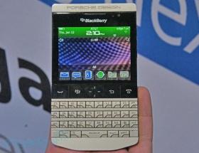 Porsche tasarımlı Blackberry