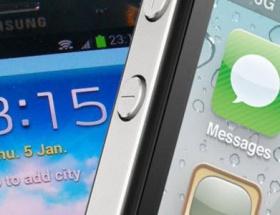 Siri ve S-Voice kapışıyor!