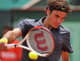 Federer, final biletini rekorla aldı