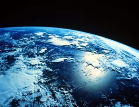 Kıtalar uzaklaşıyor günler uzuyor