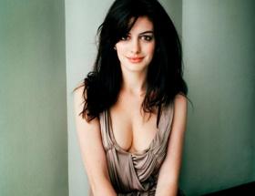 Anne Hathaway lezbiyen oluyor